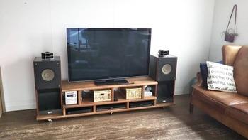 「テレビ台」をDIY!デザイン&収納にこだわった作り方アイデア