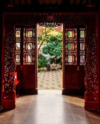 アジアが誇る名匠アン・リー監督の本作は作品で、米英のアカデミー賞ならびにゴールデングローブ賞外国語映画賞にノミネートされた話題の映画です。