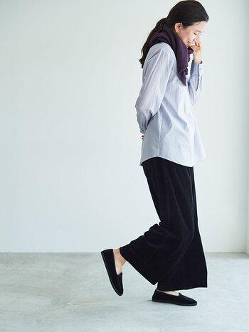 歳を重ねてもずっと袖を通したい。落ち着いた大人に寄り添う上質ファッションブランド5選
