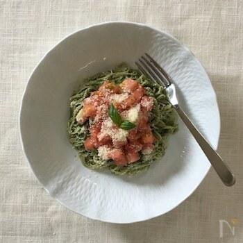 おうちに余っている素麺をパスタ風にアレンジ。混ぜるだけで簡単にイタリアンテイストの素麺を楽しめます。