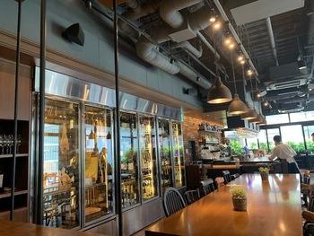 銀座一丁目駅を出てすぐ、ダイワロイネットホテル銀座の2Fにある「The Kitchen Salvatore Cuomo GINZA(ザ キッチン サルヴァトーレ クオモ 銀座)」は、世界で名を馳せるグランシェフ、サルヴァ トーレ・クオモ氏が手がけるイタリアンレストラン。美食家たちに支持された味を思う存分ビュッフェで楽しめます。