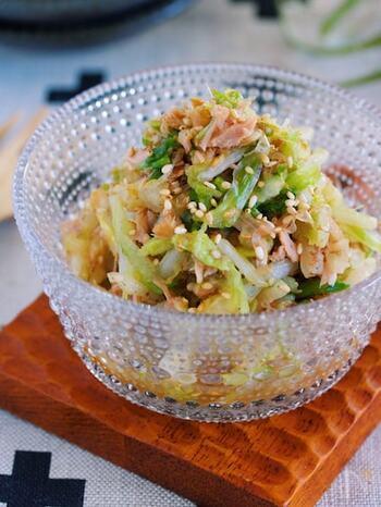 人気が高いツナを使った和え物のレシピです。 かつお節やポン酢と和えるだけで、白菜を大量に消費できるレシピが完成!約10分で簡単に作れるため、食卓に野菜が足りない…というときに大活躍します。