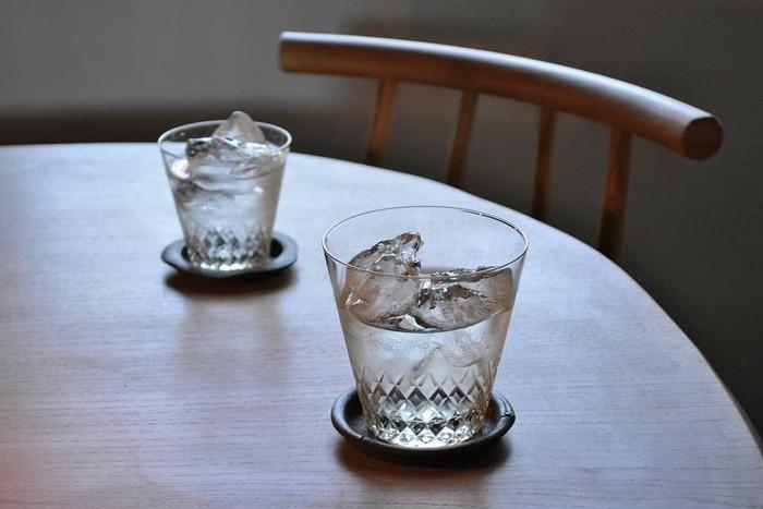 純喫茶にいる気分*日本の老舗メーカーが手掛ける「レトロなガラス食器」コレクション