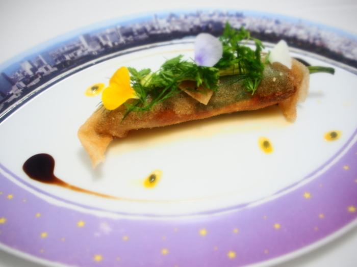 季節の素材を使ったお料理は、訪れる度に新鮮な発見があります。「モナリザ」は盛り付けやお皿にもこだわりが表れていて、まさに五感で楽しめるお店です♪