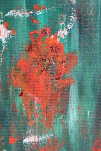 オーストリアの画家エゴン・シーレ。20世紀初頭に独特な作風で脚光を浴びたシーレを、モデル出身のノア・ザーヴェトラが演じています。代表作の一つ「死と乙女」誕生の裏側、後半生が描かれています。