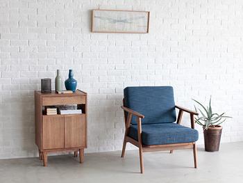 休息いすは、ソファなど体を休めるときに使ういす。リラックススペースに置くいすとして適しています。