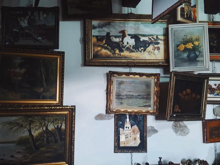 """フィンランドの名匠クラウス・ハロ監督が手掛けた作品。絵画の真価が問われると言っても過言ではない""""美術商""""にスポットを当てたヒューマン映画です。"""