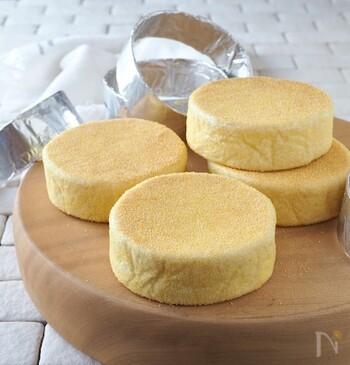 発酵なしで簡単にできるイングリッシュマフィンのレシピ。牛乳パックで型を作るので、わざわざ型を買わなくてもいいから助かりますね。