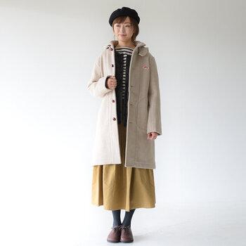 冬はインナーダウンとして。コートの下に着ても、見た目もスッキリ&おしゃれ◎あたたかく快適に過ごせます。レイヤードしやすいクルーネックがおすすめです。