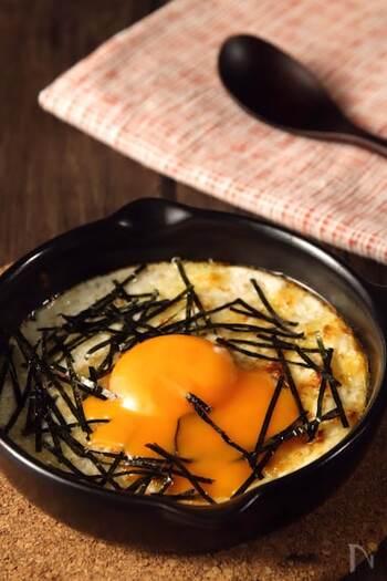 長芋に卵白を混ぜて焼くことで、とろふわの幸せな食感に。トースターで10分と手軽に作れるため、こちらもあと一品やおおつまみにどうぞ。