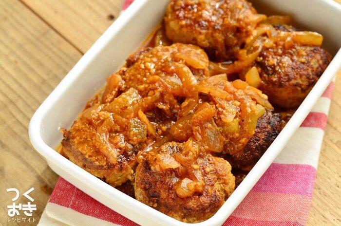 ケチャップと味噌というテイストの異なる調味料を使いつつも、ケンカせず旨味を感じる相性の良い組み合わせです。お弁当にもおすすめのはっきりした味。