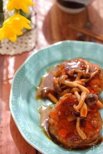 ひき肉の代用品として蒸し大豆を使用。ごぼうで食感アップ。タレは市販のめんつゆでラクラク~。