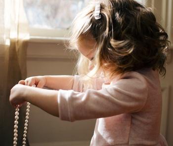 3歳過ぎたら『女の子向けおもちゃ』も。今人気のメイキングトイやおままごと12選