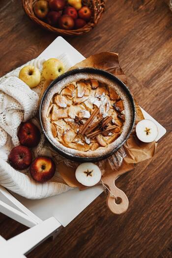 スイーツも食事も!旬に食べたい【りんごの大量消費レシピ】22選