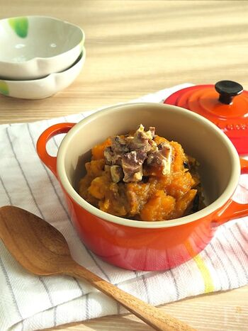 瓜系は体を冷やす食材がほとんどなのですが、かぼちゃは例外です。メープルシロップはお砂糖より甘さが優しく、箸休めやお弁当にもよいですよ。