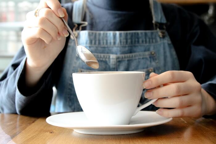 生クリームとコーヒーの2層になっているウィンナーコーヒーは、飲み進めるにつれて甘み~苦味へと風味の違いを段階的に楽しむことができます。