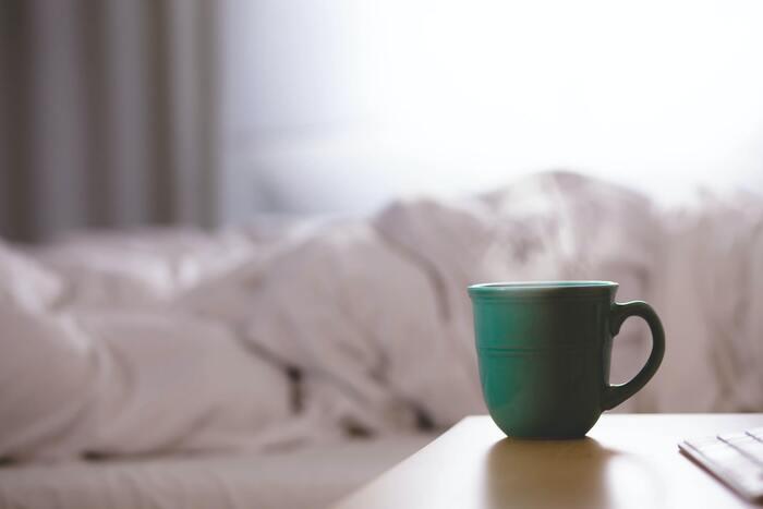 ウィンナーコーヒーはあえて混ぜないことで、甘さと苦さのコントラストを楽しむことができますよ。初めてウィンナーコーヒーを飲むときには、ぜひ試してみてください。もちろんスプーンで混ぜて甘めのコーヒーとしても◎お好みの飲み方で楽しみましょう♪