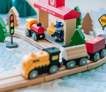 次の『おもちゃ』はコレで決まり。男の子の能力を伸ばすおもちゃ12選