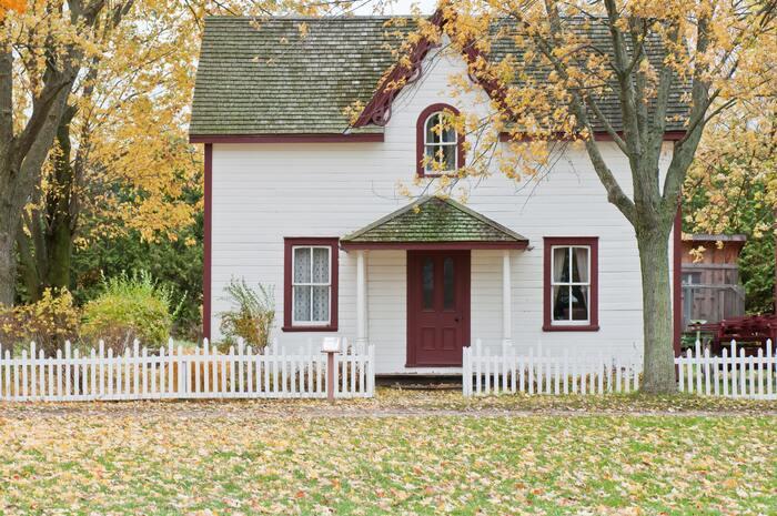 生きていく上で欠かせない住宅の購入には、まとまったお金が必要なもの。少しでも負担を減らすためにも、申請に必要な条件や書類などはしっかりと確認しておくと安心ですね。