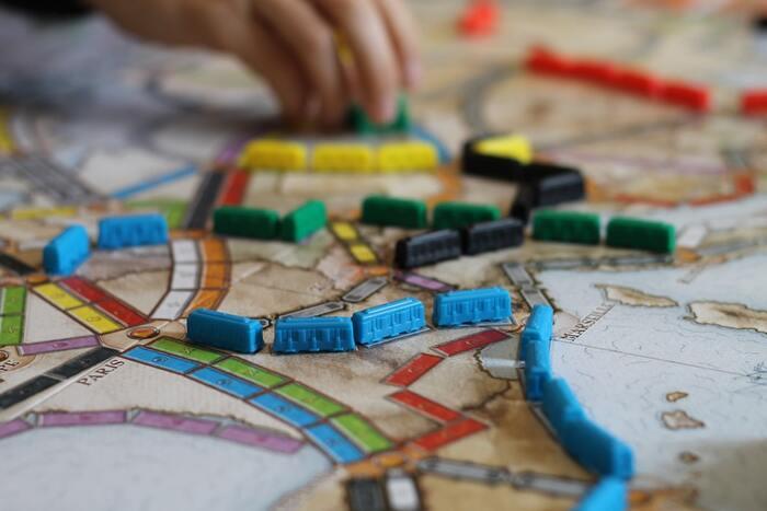 デザインも素敵!「器用さ・集中力・記憶力」が試されるテーブルゲーム12選