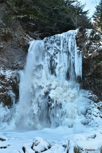 冬が織りなす氷の芸術を見に行きませんか?全国の氷瀑5選!