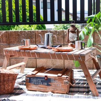 リビングやソファの側で使いやすい「テーブル」DIYアイデア集