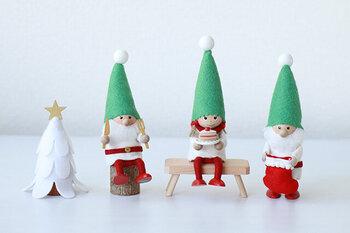 デンマークのクリスマスでは、サンタクロースよりメジャーな「ニッセ」。ニッセはサンタクロースのお手伝いをする妖精で、クリスマスが近くなるとデンマークのお家では、至る所にニッセが飾られます。ノルディカの手作りのニッセは一つ一つ違うお顔で、見れば見るほどかわいく見えてくるから不思議。