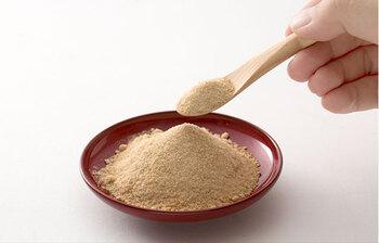 砂糖を入れる場合は、先に入れるのがポイント。砂糖の粒子は大きくて味が染み込むまでに時間がかかります。先に塩分が染み込んでしまうと砂糖が入りにくくなり、硬くなってしまうこともあるので注意しましょう。