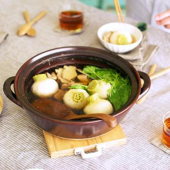 自分だけの美味しい時間の楽しみ方。素敵な「ひとり鍋」グッズと定番レシピ