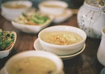 人気の「定番おかゆ」も「アレンジレシピ」も!体に優しく染みわたる一皿の作り方をご紹介