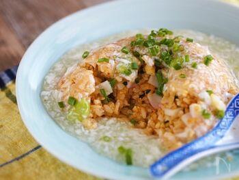 とろ〜り柚子胡椒あんかけ&パラパラの炒飯がとにかく最高!食感も香りもたまらない、食欲そそる一品です。がっつり食べたい時におすすめですよ。