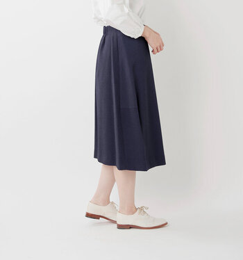 """冬スカートは「素材」と「丈感」が決め手!寒い季節の""""あったかコーデ"""""""