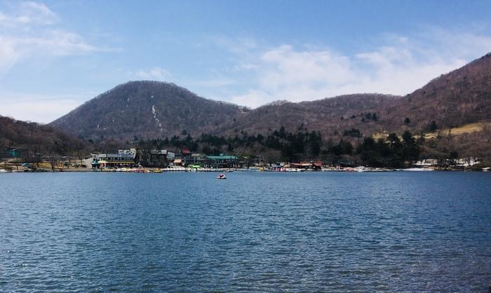 天気が良ければ、大沼のスワンボートに乗ってみるのもおすすめ。周囲の赤城山の景色がスケール大!新緑や紅葉の季節にはたまりません。