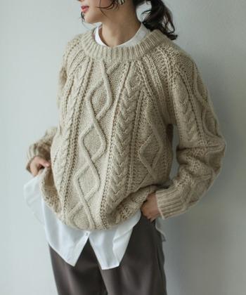 やっぱりニットが好き!トレンド&定番「冬セーター」のあったかコーデ