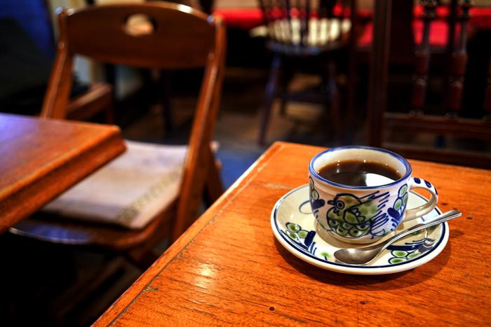 コーヒー、紅茶は注文があってから丁寧にドリップしているというこだわり。種類は、ブレンド、ストレート、紅茶、ジュースなどが揃っています。アルコールメニューもハートランドの一種類用意があります。