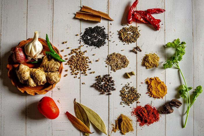 薬膳料理など健康を意識したレシピが多いので、野菜や薬味をたっぷりと使ったスープ料理が沢山あります。体の冷えは万病のもと。風邪もひきやすくなるので、アジア料理で気軽に美味しく健康的な食事をすることができますよ。