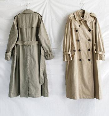 そもそもトレンチコートとは、どんなものなのでしょう?実はトレンチコートは、イギリスの軍隊で防水や防寒を目的に着用されていた機能性コートなんです。