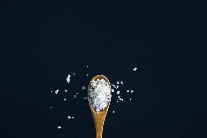 料理の味が決まらない原因は?調味料の使い方と試したい隠し味