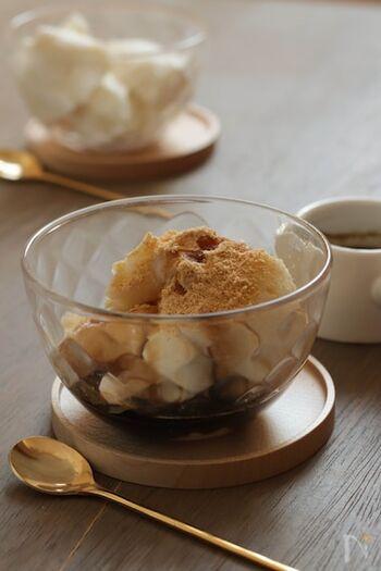 片栗粉で作るミルクきな粉もち。作業時間わずか3分だから、甘いものが食べたいときパパっと作れます。きな粉と黒蜜をかけて召し上がれ♪