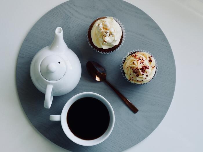 急須で淹れる飲み物は、お茶だけとは限りません。実はお茶を淹れるのと同じ要領で、コーヒーも淹れることができるのです。