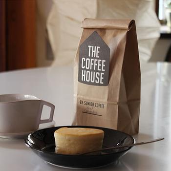墨田区錦糸町駅の近くにある人気店「すみだ珈琲」のコーヒーは、注文してから焙煎されるので新鮮な味を楽しめます。カフェイン除去率は97%以上。スイーツと一緒におうちカフェをするのも良いですね♪