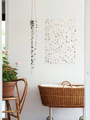 デンマークのグラフィックデザイナーSilke Bondeのポスター。水彩タッチで優しく描かれたイラストに、見る度癒されますね。主張が控えめな色合いなので、インテリアにそっと溶け込んでくれます。