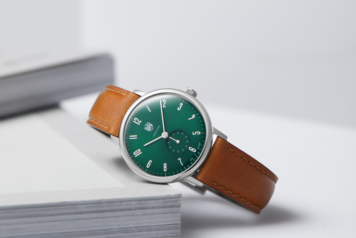 歳を重ねてもずっと使える。作りのよいミニマルなドイツ時計