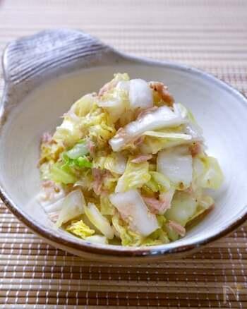 副菜やお酒のおつまみとして最適な、男子が喜ぶうま塩味。ツナが入っているので旨味も感じられ、白菜がペロリと食べれます。
