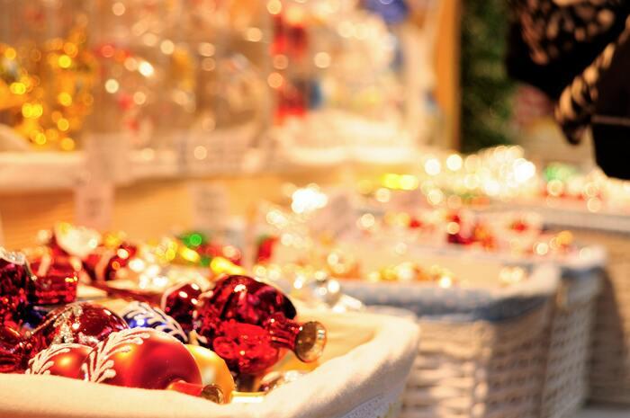 多くのクリスマスマーケットは、12月24日には閉まってしまいます。日本でも25日を過ぎると一気にお正月になってしまうので、それまでに必要なものをそろえておきたいですね。