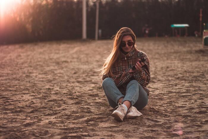 完璧を求める人からすれば「そんなことしていいの??」と不安になるかもしれませんが、一日を終えてみると、なんら普段と変わらず進む時の流れにほっと安心できると思います。  そうして完璧じゃない自分も許せるようになれば、もっと自分のことが好きになれますよ。