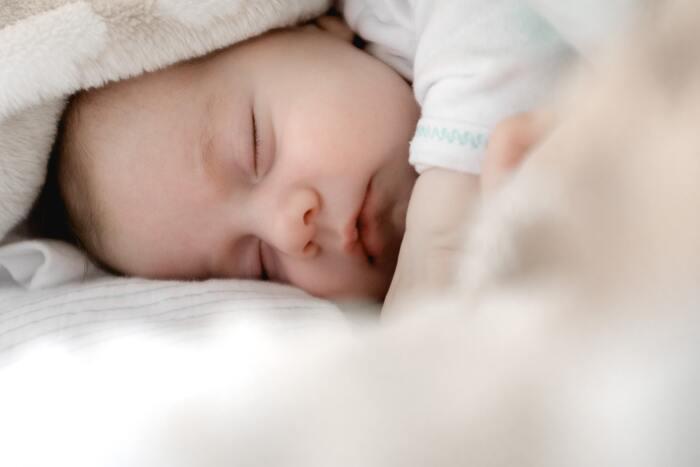 寝かしつけやお昼寝で苦戦しているパパやママには、是非一度バウンサーを試していただきたいです。ゆらゆらと揺れる動きに心地よさそうにスーっと寝てくれますよ。