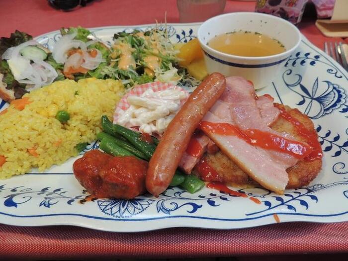 レストラン「メルヘン」では、デンマーク風のランチも堪能できます♪少し小腹が空いたら休憩におすすめです!