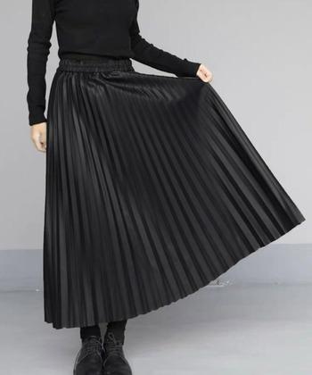 今年の冬はシンプルに、品よく。「レザー」で魅せる大人な着こなし