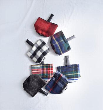 マフラーで同じみのTWEEDMILLのコロンとかわいいワンハンドルバッグ。 コンパクトながら広めのマチがあるので、収納力もあります。 ふっくらとしているのは、ウール100%だから。マフラーはもちろん、ニットなど冬ならではのアイテムと相性抜群です◎